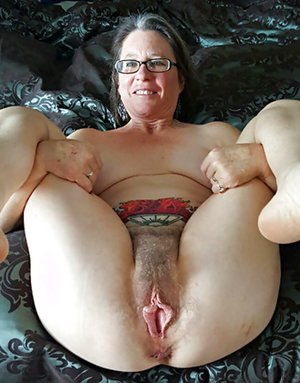 Pussy pictures old Granny Pussy